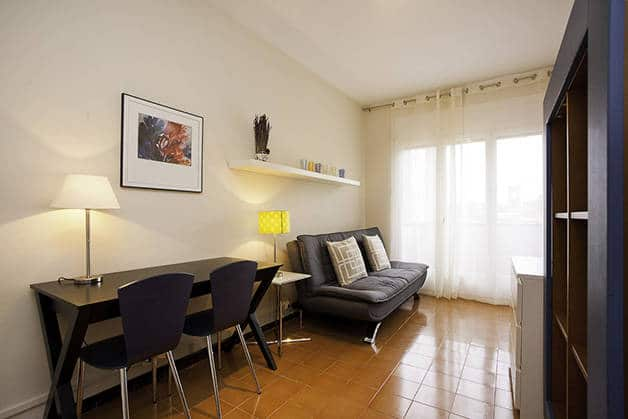 renting an apartment in Barcelona studio
