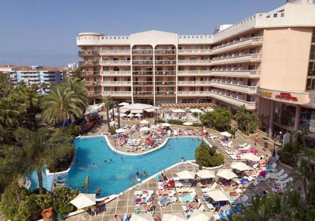Port aventura hotels and holiday apartments in salou - Port aventura accommodation ...