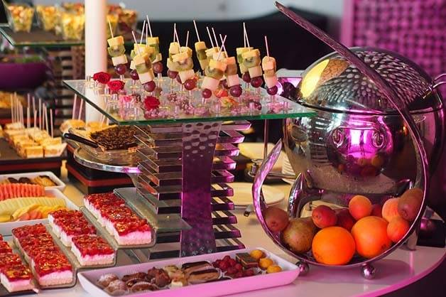 Barceló Raval: a refined brunch buffet in beautifully