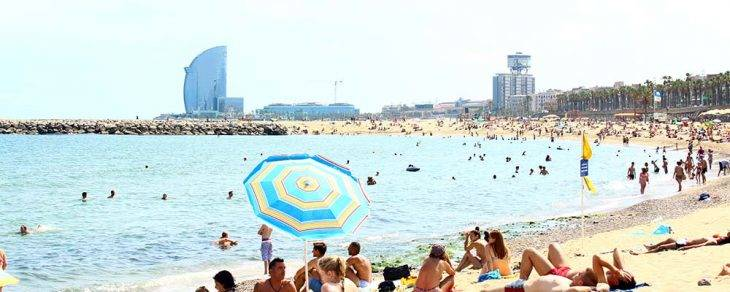 Barcelonas Beaches Info And Advice For Taking The Plunge-3398